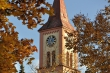 St. Andreas, herbstlich umkränzt