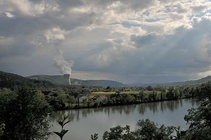Atomkraftwerk gegenüber Waldshut