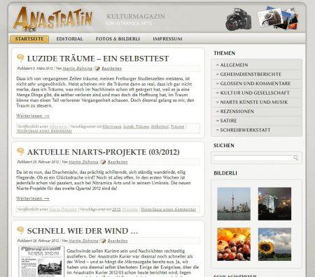 Die Anastratin-Webseite setzt nun auf eine Kombination von Palatino und Biolinum.