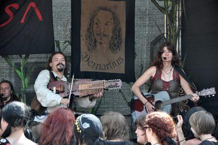 Die Band Metusa spielte in Lauchringen Tag und Nacht durch und blieb doch bis zum Schluss gewohnt energiegeladen (Foto: Martin Dühning).