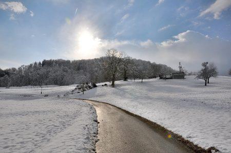 Sonnige Einblicke in den winterlichen Klettgau gewährte am 9. Februar das Zentralgestirn, nachdem es das jährliche Mittwinter-Analemma bereits überwundet hatte.