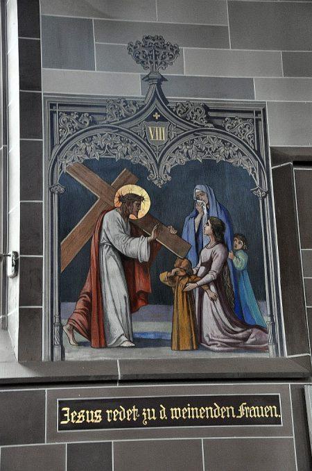 Szene aus dem Kreuzweg: Tafel Nr. 8 - Jesus spricht zu den weinenden Frauen. (Foto: Martin Dühning)