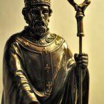Erzbischof weiht Saint Patrick ein
