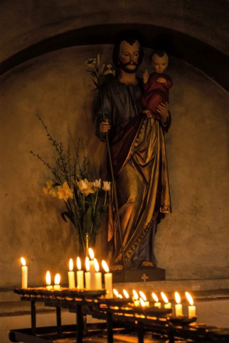 Fürbittkerzen in St. Maria und Markus in Mittelzell (Foto: Martin Dühning)