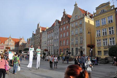 Buntes Treiben in der farbenfrohen Danziger Rechtsstadt (Foto: Martin Dühning)