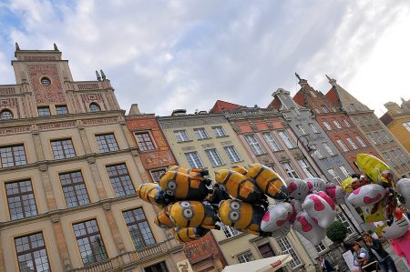 Prunkfassaden mit Luftballons (Foto: Martin Dühning)
