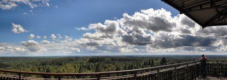 Panoramablick vom Aussichtsturm auf dem Turmberg (Foto: Martin Dühning)