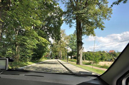 Die Straßen von Berent - mit hübschem Kopfsteinpflaster (Foto: Martin Dühning)