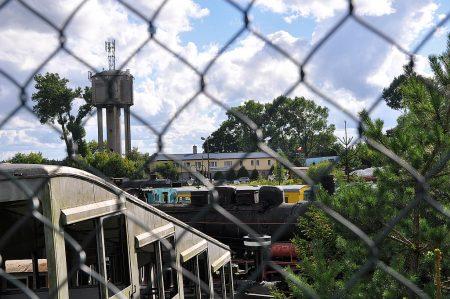 Vor verschlossenen Türen - das Eisenbahnmuseum schließt an Feiertagen schon um 16 Uhr! (Foto: Martin Dühning)