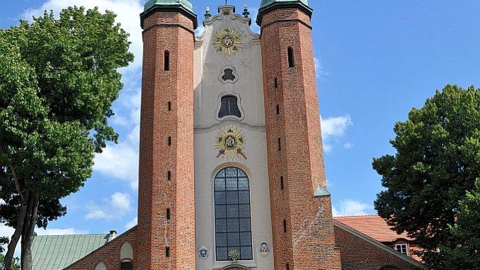 Frontansicht der Kathedrale St. Trinitatis in Oliva (Foto: Martin Dühning)