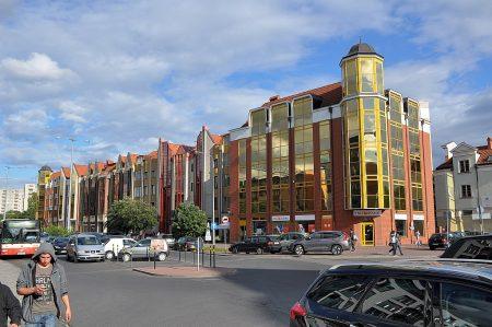 Neuere Prunkfassaden in der Nähe der Rechtstadt (Foto: Martin Dühning)