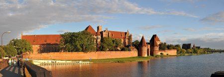 Abendstimmung bei der Marienburg (Foto: Martin Dühning)