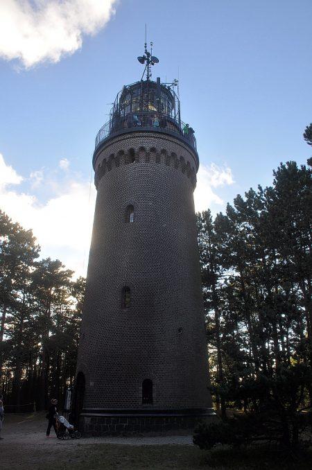 Der Leuchtturm mitten im Wald (Foto: Martin Dühning)
