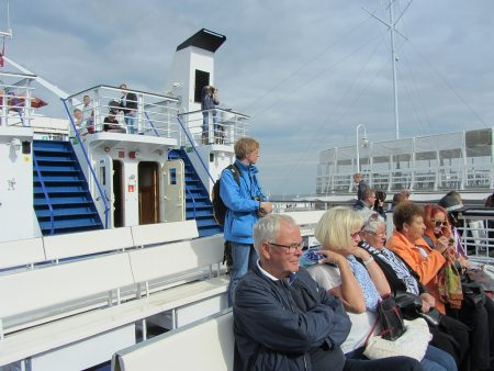 An Bord der Onyx (Foto: Salome Leinarkunion)
