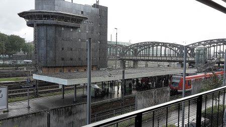 Zwischenstopp in München bei schwerem Regenwetter (Foto: Martin Dühning)