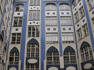 Fassade bei den Hackeschen Höfen in Berlin (Foto: Martin Dühning)