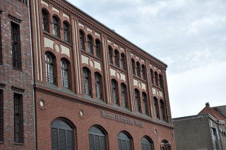 Backsteinfassade der ehemaligen Berliner Elektrizitätswerke (Foto: Martin Dühning)