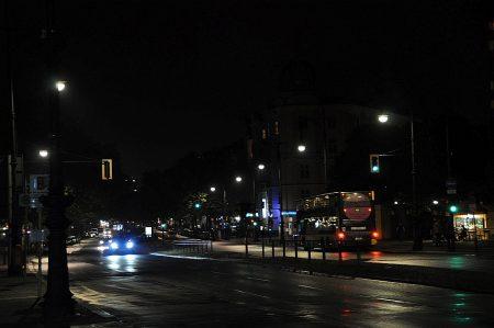 Der Berliner Kurfürstendamm bei Nacht (Foto: Martin Dühning)