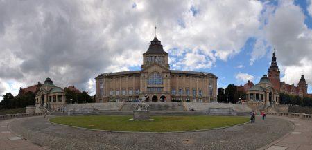 Die Hakenterrasse mit dem polnischen Nationalmuseum (Foto: Martin Dühning)