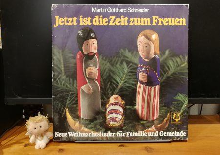 """""""Jetzt ist die Zeit zum Freuen"""" von Martin Gotthard Schneider als alte Schallplatte (Foto: Martin Dühning)"""