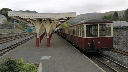 Der Museumszug ist in Blaenau Ffestiniog angekommen (Foto: Martin Dühning).