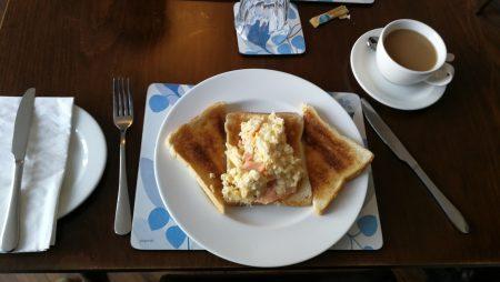 Abschiedsfrühstück in Llandudno (Foto: Martin Dühning)