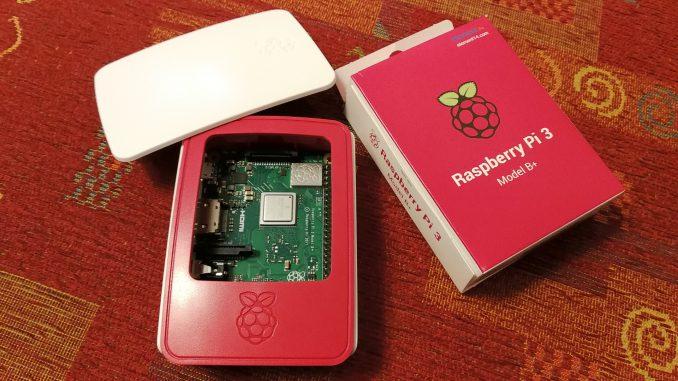 Der Raspberry Pi 3+ im Set (Foto: Martin Dühning)