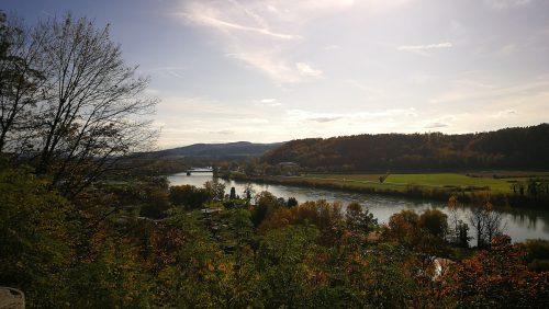 Hochrhein und Aarebrücke bei Waldshut im Oktober 2019 (Foto: Martin Dühning)