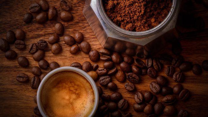 Kaffee (Foto: Janko Ferlik via Pexels)
