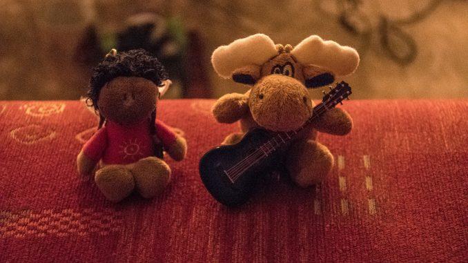 Zwergfee Sunny und ihr Freund und Zimmernachbar Alke (Foto: Martin Dühning)