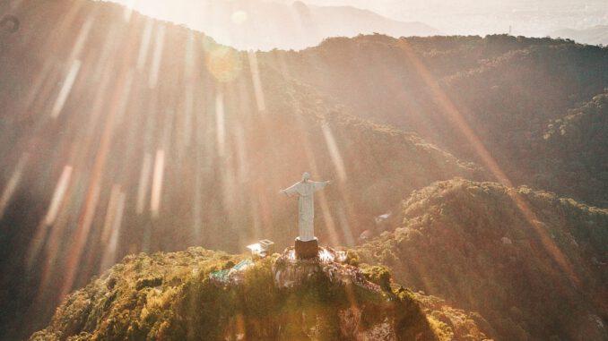 Sonnenschein in Rio (Foto: Matheus Bertelli via Pexels)