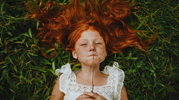 Freckled Girl in Summer (Foto: Matheus Bertelli via Pexels)